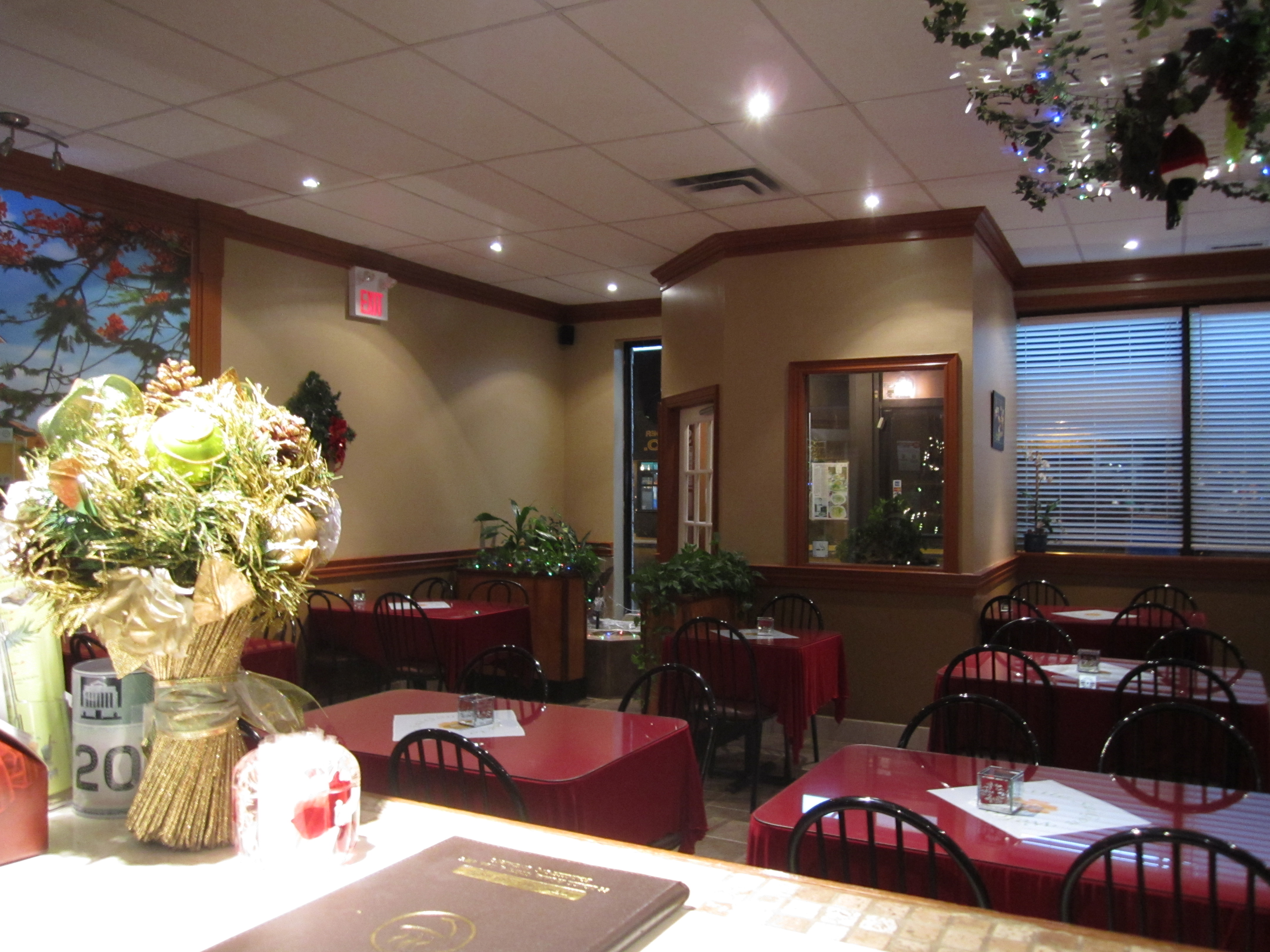 Little Saigon Vietnamese & Thai Restaurant